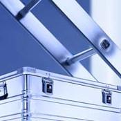 ZARGES hat für jeden das geeignete Produkt und kann auch individuelle Lösungen anbieten.